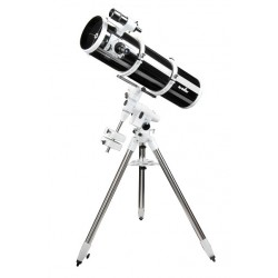 Sky-Watcher Oregon NT-200P EQ5-T