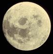La lune avec un grossissement approprié